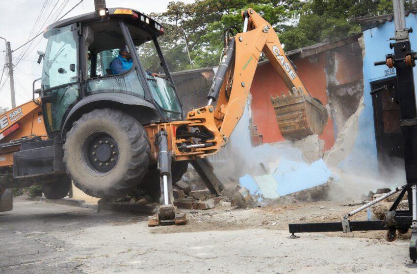 MinDefensa lideró demolición de dos 'ollas' en Villavicencio